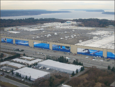 http://upload.wikimedia.org/wikipedia/commons/b/b1/Boeing_Everett_Plant.jpg