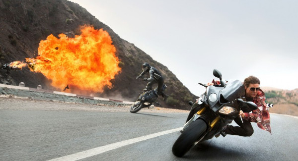 http://findmoviefav.com/wp-content/uploads/2015/03/mission-impossible-rogue-nation-motorcycle-explosion_1920.0-820x450.jpg
