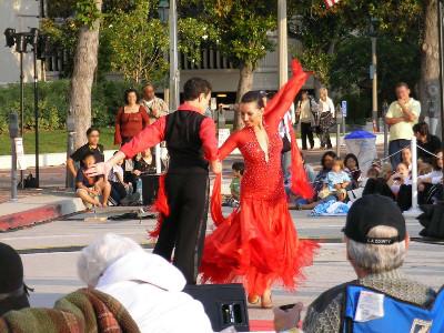 http://jkoyzw.bay.livefilestore.com/y1plMOPiISHzy_FdyO9jhacWT9JTRVct8LSYw3VRY0fFVCXvYm4bmp79mh7_w_WZyFtG4FqNJbovBL0ojhiHtHxquZhXO7hVhl6/LosAngeles_Pasadena_CityHall_Dance.jpg