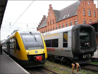 http://www.lares.dti.ne.jp/~tm230517/DTI_forFTP/Copenhagen_2010/CopenhagenOutside_2011_SANY0470.jpg