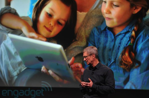 http://www.engadget.com/2011/10/04/apples-lets-talk-iphone-keynote-liveblog/