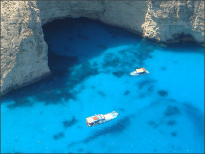 http://images.travelpod.com/tripwow/photos/ta-00e9-ad88-68a4/view-of-shipwreck-zakynthos-greece+1152_12980469970-tpfil02aw-18643.jpg