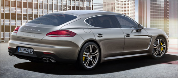 http://www.porsche.com/japan/jp/models/panamera/panamera-turbo-s-executive/