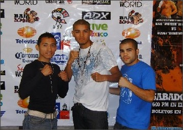 http://www.boxeomundial.net/boxeo.php?category=noticias&id=19853