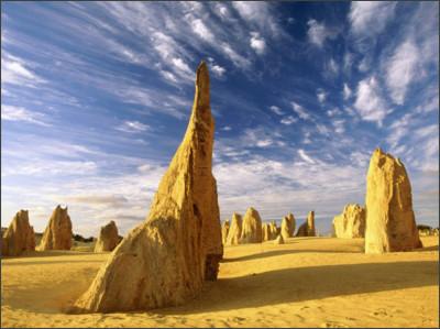 http://images4.fanpop.com/image/photos/23300000/The-Pinnacles-Nambung-National-Park-australia-23340412-1600-1200.jpg