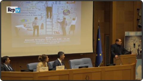 http://video.repubblica.it/politica/berlusconi-ad-amministratori-di-fi-se-mi-arrestano-fate-rivoluzione/207283/206384?ref=HRER1-1
