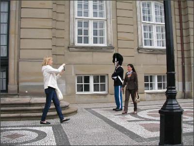 http://www.lares.dti.ne.jp/~tm230517/DTI_forFTP/Copenhagen_2010/CopenhagenCenter_2011_SANY0106.jpg