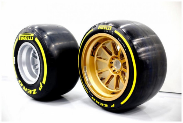 http://www.f1fanatic.co.uk/2014/07/09/pirelli-lotus-begin-18-inch-wheel-test/13-inch-18-inch/