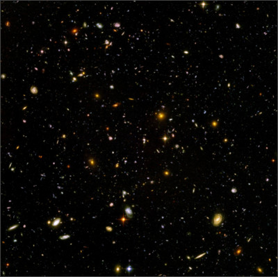 https://upload.wikimedia.org/wikipedia/commons/2/2f/Hubble_ultra_deep_field.jpg