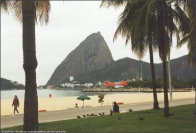 http://gei.aerobaticsweb.org/images/BRAZIL/brazil_rio_sugarloaf_beach_1158x783.jpg