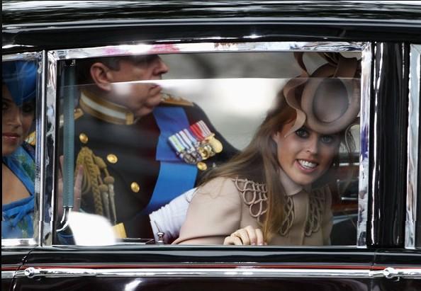http://www.zimbio.com/pictures/t3J8z3oKhs_/Royal+Wedding+Arrivals/7SPd_ClyjTu/Princess+Beatrice