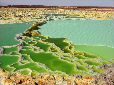 http://hqworld.net/gallery/data/media/150/dallol_geothermal_area__brine_hot_springs__ethiopia.jpg