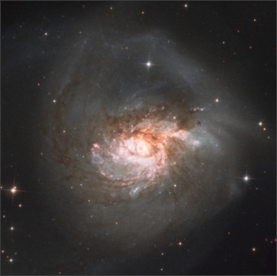 http://www.astro-photo.nl/photoblog/images/20120506202716_ngc3256_final2.jpg
