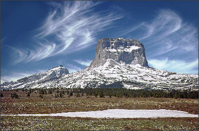 http://upload.wikimedia.org/wikipedia/commons/7/78/Chief_Mountain_snow.jpg