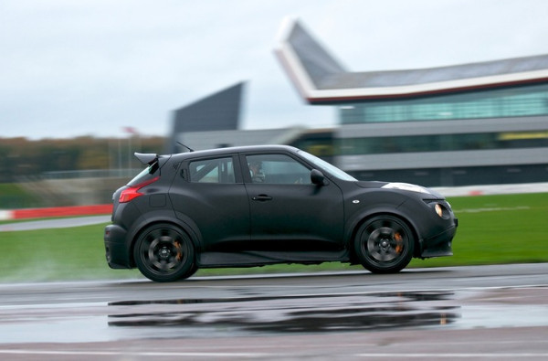http://blogs.insideline.com/straightline/2012/05/nissan-juke-r-confirmed-for-limited-production.html