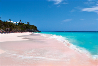 https://feel-planet.com/wp-content/uploads/2015/05/Pink-beaches-of-Harbour-Island-Bahamas.jpg
