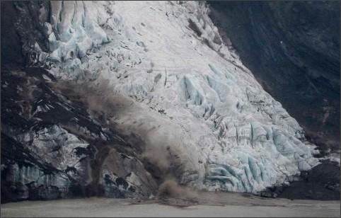http://www.boston.com/bigpicture/2010/04/icelands_disruptive_volcano.html