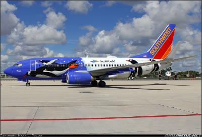 http://cdn-www.airliners.net/aviation-photos/photos/1/9/7/2331791.jpg