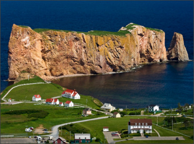 http://hqworld.net/gallery/data/media/151/perce_rock__gulf_of_st._lawrence__quebec.jpg
