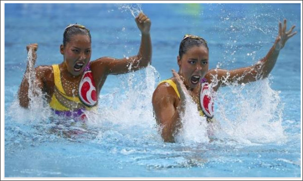 http://jp.reuters.com/article/synchronised-swimming-duet-fr-idJPKCN10R2CG