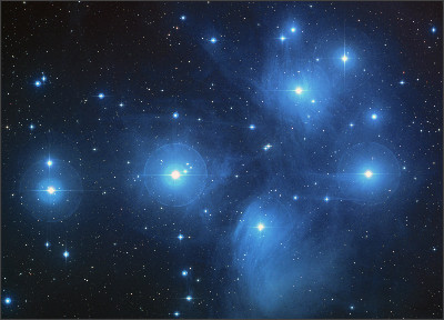https://upload.wikimedia.org/wikipedia/commons/4/4e/Pleiades_large.jpg