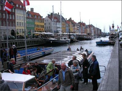 http://www.lares.dti.ne.jp/~tm230517/DTI_forFTP/Copenhagen_2010/CopenhagenCenter_2011_SANY0125.jpg