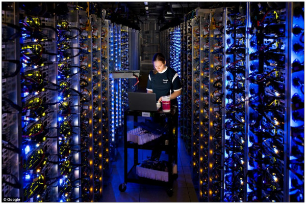 http://www.dailymail.co.uk/sciencetech/article-2219188/Inside-Google-pictures-gives-look-8-vast-data-centres.html?openGraphAuthor=%2Fhome%2Fsearch.html%3Fs%3D%26authornamef%3DMark%2BPrigg&videoPlayerURL=http%3A%2F%2Fc.brightcove.com%2Fservices%2Fviewer%2Ffederated_f9%3FisVid%3D1%26isUI%3D1%26publisherID%3D1418450360%26playerID%3D72484359001%26domain%3Dembed%26videoId%3D&hasBCVideo=true&BCVideoID=1907075360001