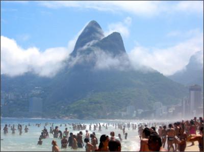 http://brasilll.com/wp-content/uploads/2012/03/Ipanema-Beach-Rio-de-Janeiro.jpg