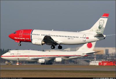 http://cdn-www.airliners.net/aviation-photos/photos/6/5/2/1050256.jpg