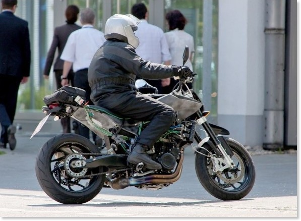 http://images.gizmag.com/gallery_lrg/first-images-husqvarna-900-twin-streetfighter-2.jpg