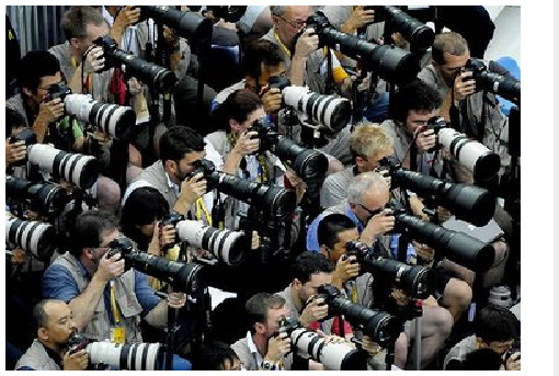 http://www.lensextender.com/2009/04/who-dominates-in-sports-photography-equipment-nikon-or-canon.html