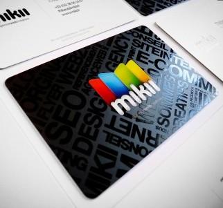 http://creattica.com/business-cards/mikii-fr-agence-web/53738