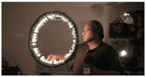 http://cheesycam.com/diy-ring-light-wreathlight/