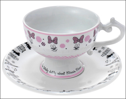 http://www.disneystore.co.jp/shop/ProductDetail.aspx?sku=4936313463293&CD=&WKCD=