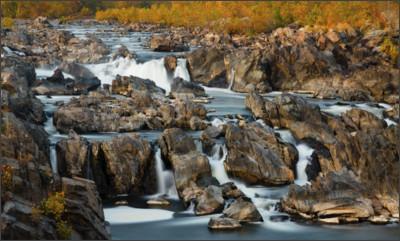 http://www.joelstrait.com/photos/web/great_falls_national_park_virginia_1.jpg