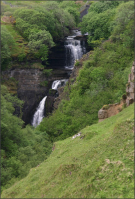 https://lookingforalonglostworld.files.wordpress.com/2012/07/img_6785-adj-crop-lealt-falls-isle-of-skye.jpg