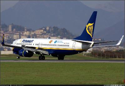 http://cdn-www.airliners.net/aviation-photos/photos/1/8/3/1305381.jpg