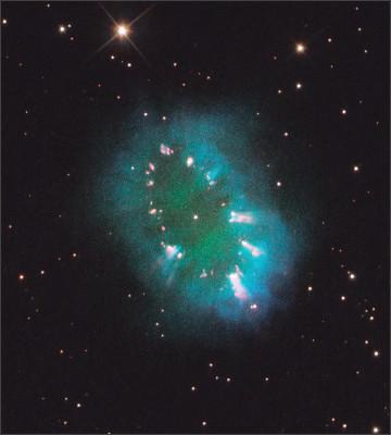 https://upload.wikimedia.org/wikipedia/commons/3/34/Necklace_Nebula_by_Hubble.jpg