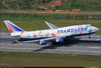 http://cdn-www.airliners.net/aviation-photos/photos/5/6/8/2472865.jpg