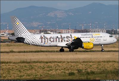 http://cdn-www.airliners.net/aviation-photos/photos/3/2/7/2267723.jpg