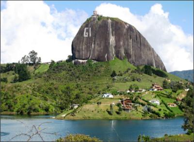 http://cpgcolombia.org/wp-content/uploads/2015/12/El-Pe%C3%B1ol-Antioquia.jpg