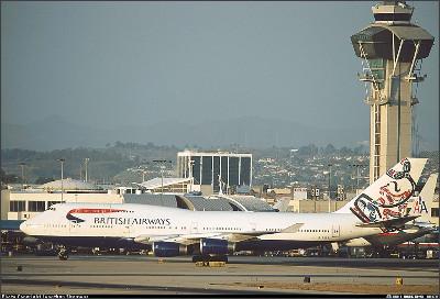 http://cdn-www.airliners.net/aviation-photos/photos/4/2/8/0205824.jpg