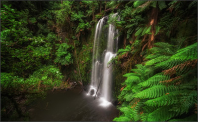 http://exploregreatoceanroad.com.au/wwwroot/wp-content/uploads/2013/07/Beauchamp-Falls.jpg