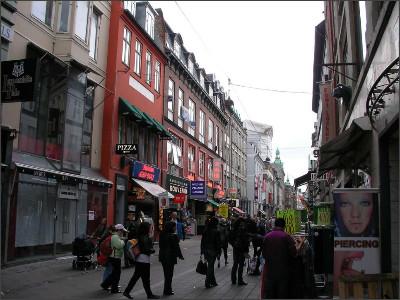 http://www.lares.dti.ne.jp/~tm230517/DTI_forFTP/Copenhagen_2010/CopenhagenCenter_2011_SANY0208.jpg