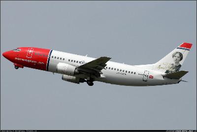 http://cdn-www.airliners.net/aviation-photos/photos/9/0/9/1482909.jpg