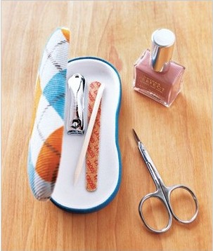 http://www.realsimple.com/home-organizing/new-uses-for-old-things/favorite-new-uses-00000000019718/page36.html