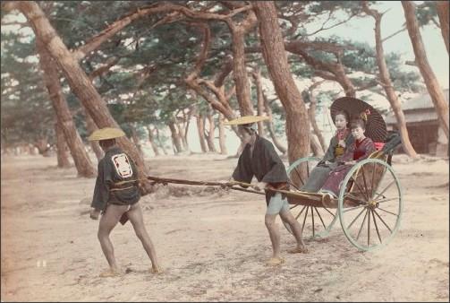 http://www.art-museum.pref.yamanashi.jp/exhibition/5.%E6%97%A5%E4%B8%8B%E9%83%A8%E9%87%91%E5%85%B5%E8%A1%9B.jpg