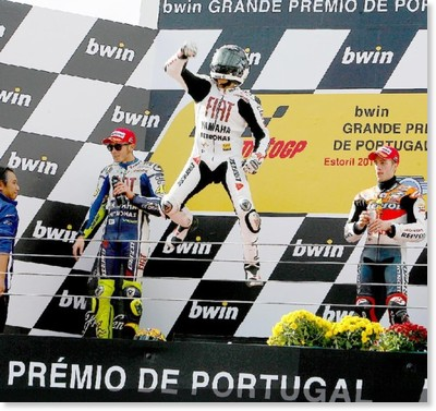 http://resources.motogp.com/files/images/xy/2010/MotoGP/n516689_MOTOGP02_0.original.jpg