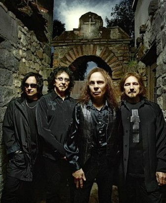 http://www.musicradar.com/guitarist/iommi-to-play-one-last-heaven-hell-show-255727?cpn=RSS&source=MRGUITARIST