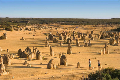 http://www.worldtourismplace.com/wp-content/uploads/2011/11/Pinnacles-Nambung-National-Park.jpg